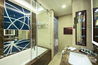 2018_07 Gulf Court Hotel Business Bay 0269
