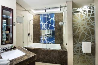 2018_07 Gulf Court Hotel Business Bay 0351