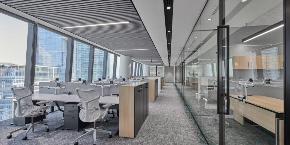 Love-that-design-Houlihan-Lokey-Office-Dubai-01-1024x640