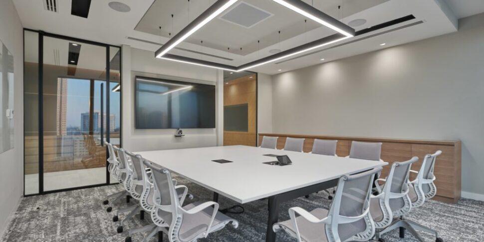 Love-that-design-Houlihan-Lokey-Office-Dubai-06-1024x640